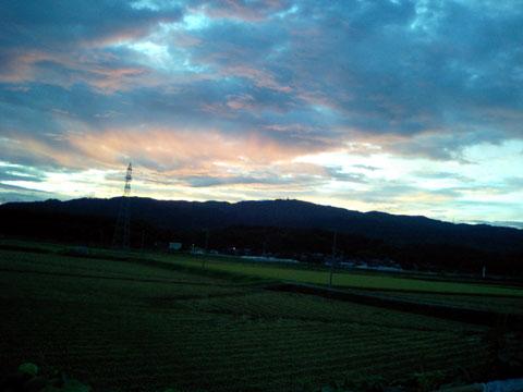 宝達山の素晴らしい朝焼け