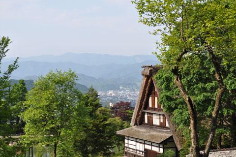 飛騨の里から高山市街を望んだところ