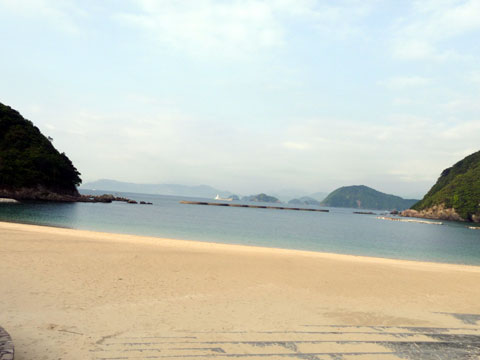 三重県紀北町の宿泊施設ホテル 季の座さんの隣にある海水浴場