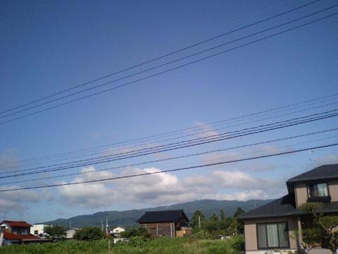 普段ならこの様に宝達山が見えます。