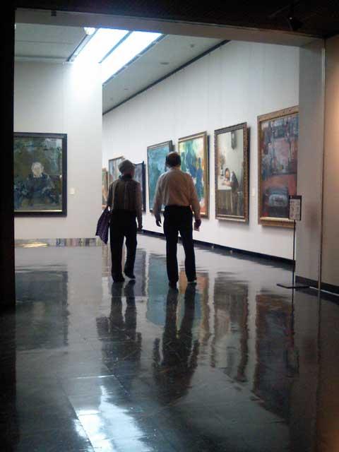 洋画の展示コーナー入口付近