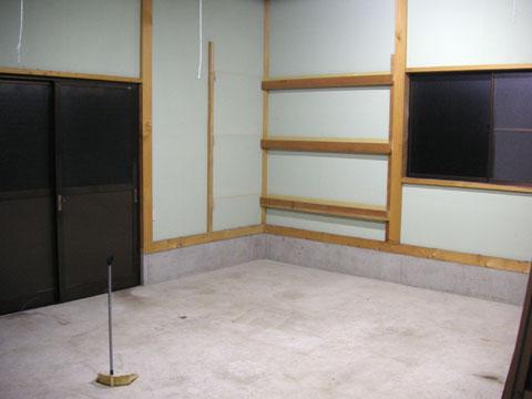保冷庫を設置前の倉庫の空きスペース