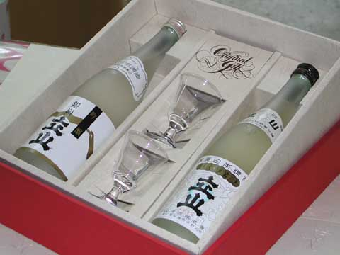 銀嶺立山 吟醸酒&グラスセット 3,580円